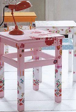 kinderzimmer fantasievoll einrichten hocker serviettentechnik und stuhl. Black Bedroom Furniture Sets. Home Design Ideas