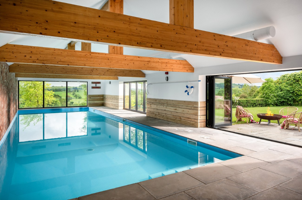 Somerset Large Self Catering Barn With Indoor Swimming Pool Bohème Stawley Somerset Uk In 2021 Indoor Pool Design Indoor Swimming Pools Indoor Pool