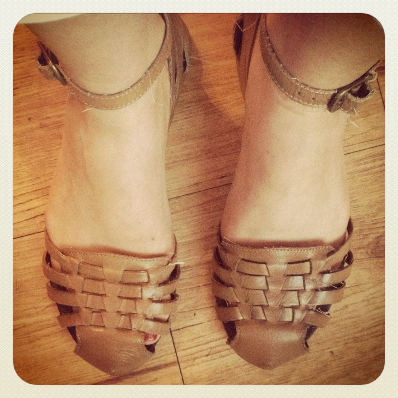 Black enclosed sandals - I Used To Have These Sandals As A Kid When I Grew Out Of Them