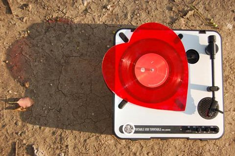 Mayer Hawthorne Heart Shaped Vinyl Single Just Aint Gonna Work Out Stonesthrow Records