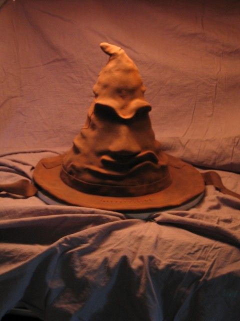 A Step By Step Picture Tutorial On How To Make The Sorting Hat Cake