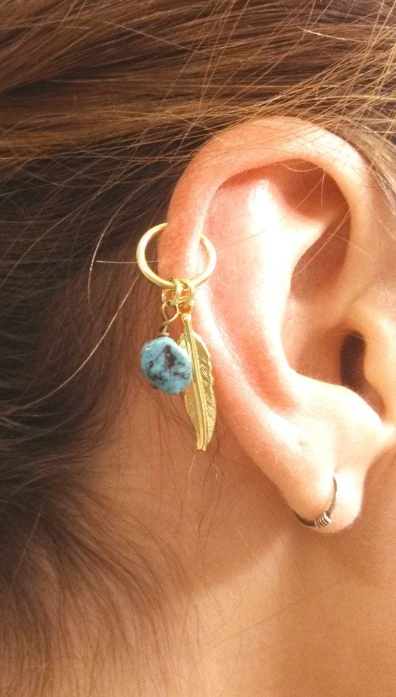 Красивый пирсинг на ушах девушек (42 фото) | Кафф, Пирсинг ...