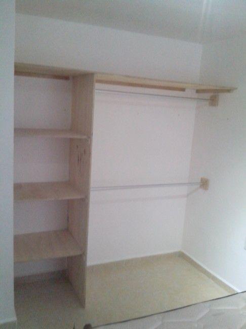 closet sencillo chuscas y cotorras pinterest closet