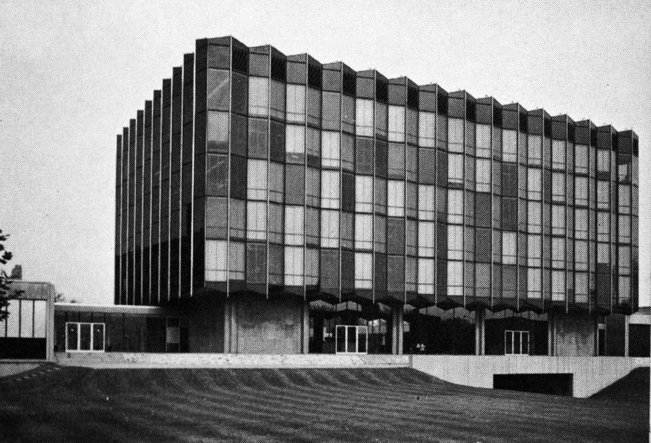 Eero Saarinen Law School University Of Chicago Chicago Illinois 1960 Architecture Saarinen Eero Saarinen
