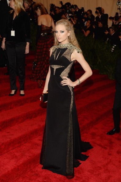 Taylor Swift @ 'PUNK: Chaos To Couture' Met Gala 2013 Red Carpet