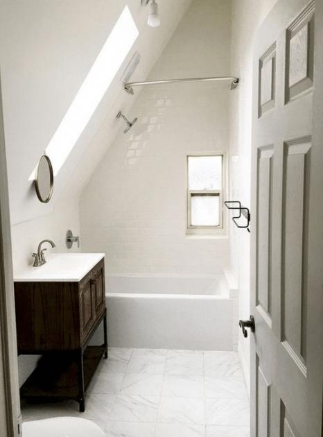 20+ Amazing Room on Attic Ideas #atticdecorationideas #eweddingmag #HomeDecorationIdeas #HomeDesign #atticbathroom