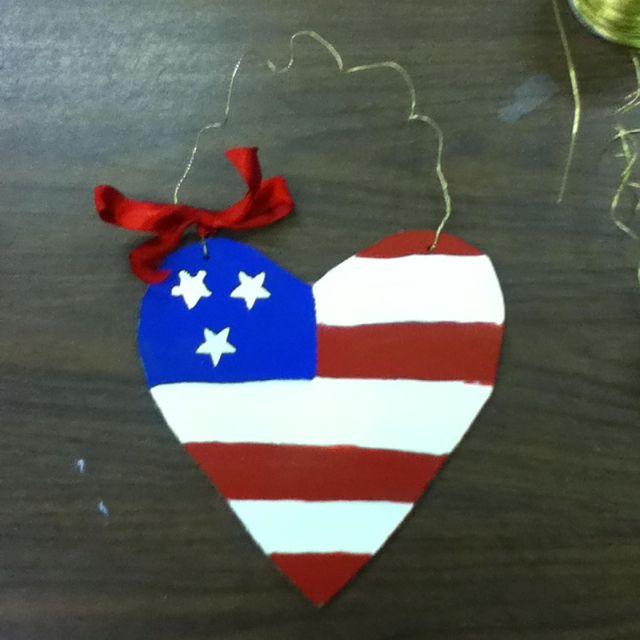 Craft for nursing home residents work crafts pinterest for Crafts to make for nursing homes