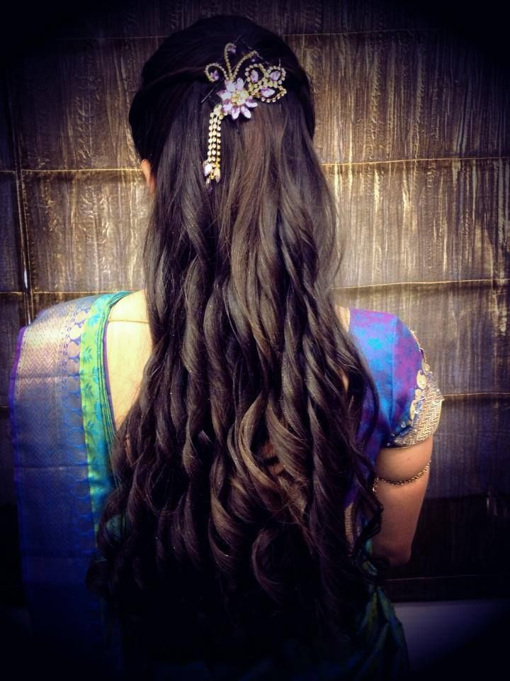 Indian Bride S Bridal Reception Hairstyle Styled By Swank Studio Hair Styles Indian Wedding Hairstyles Bridal Hair Pictures