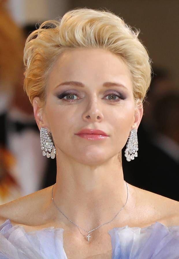 Star Frisuren Charlène Von Monaco Royals Monaco Pinterest