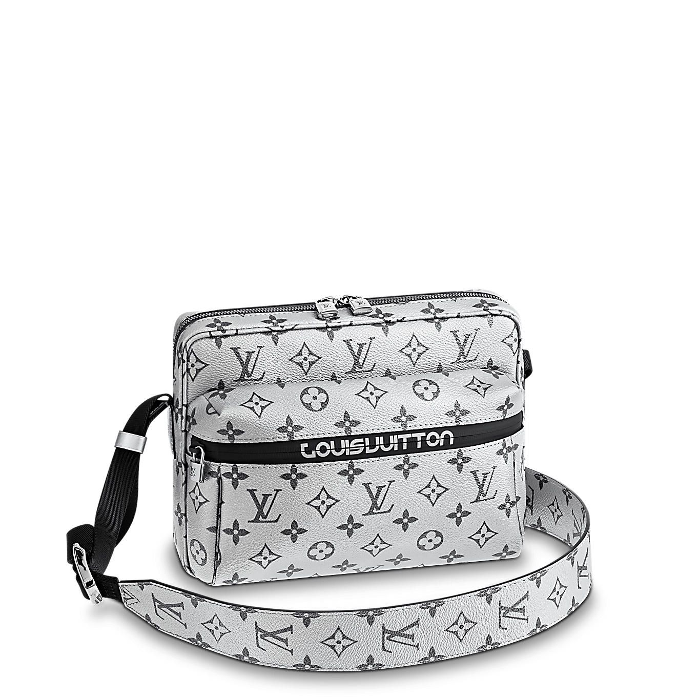 Messenger PM Monogram Other in Men s Men s Bags Fashion Shows collections  by Louis Vuitton b1af33d03a044