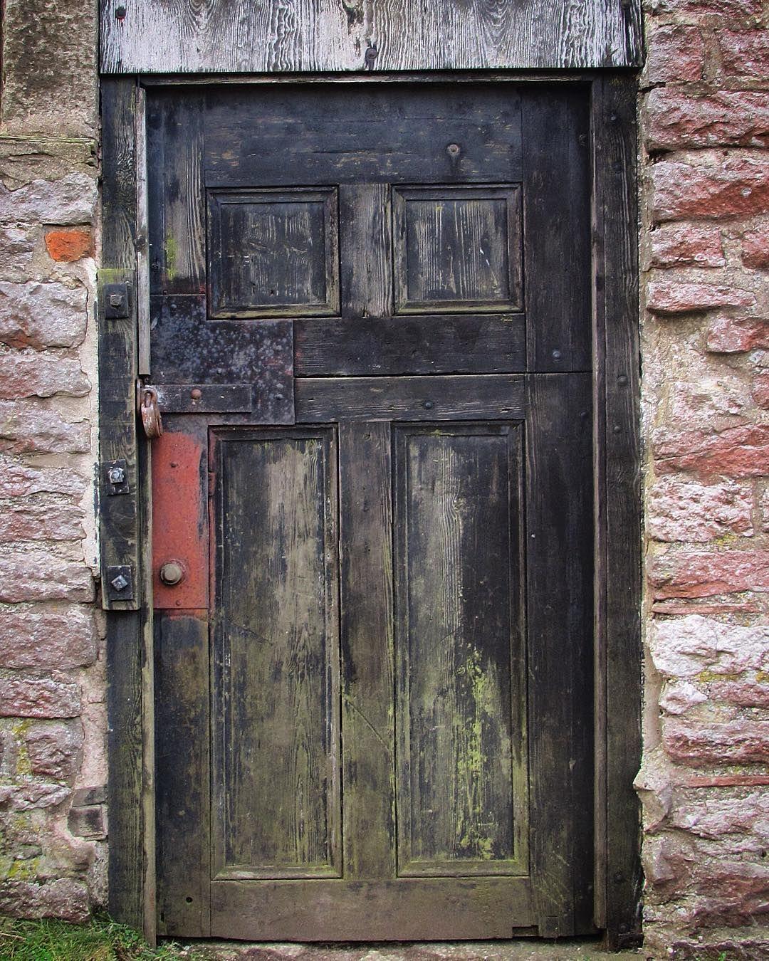 #old #door #rustic #antique #wearandtear  by jo_earle