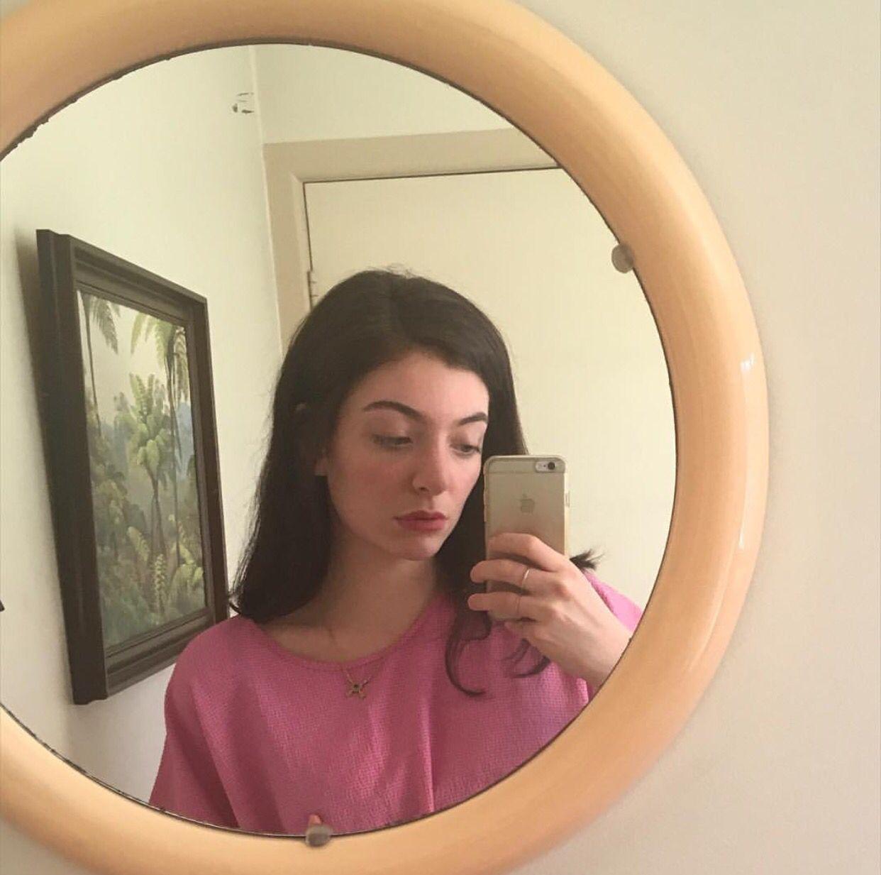 Selfie Lorde nudes (58 foto and video), Sexy, Bikini, Selfie, butt 2017