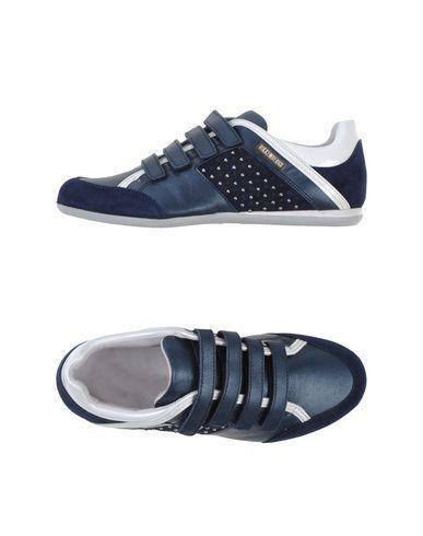 BIKKEMBERGS Low-Tops. #bikkembergs #shoes #low-tops