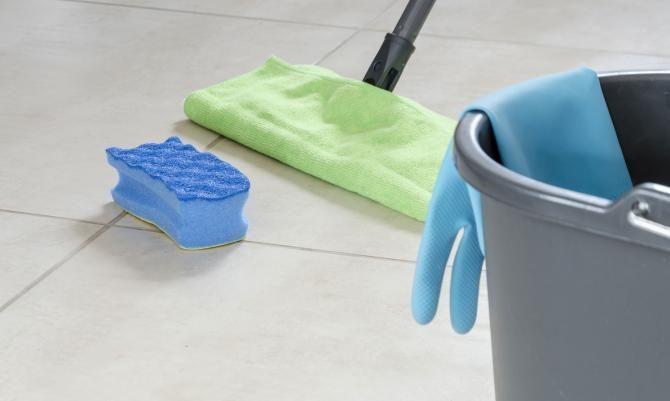 Fliesenfugen reinigen Die Schönheitskur für Bad und Küche - küche putzen tipps