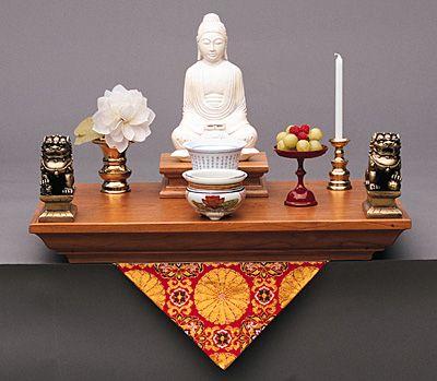 Photos Of Buddhist Alters | Setting-up A Buddhist Altar & Sacred ... Buddhistischer Altar Als Deko