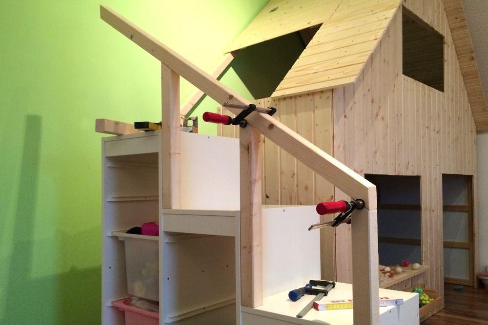 Ikea hack hochbett  Kura, Trofast und etwas Holz: Hier entsteht unser DIY-Spielhaus ...