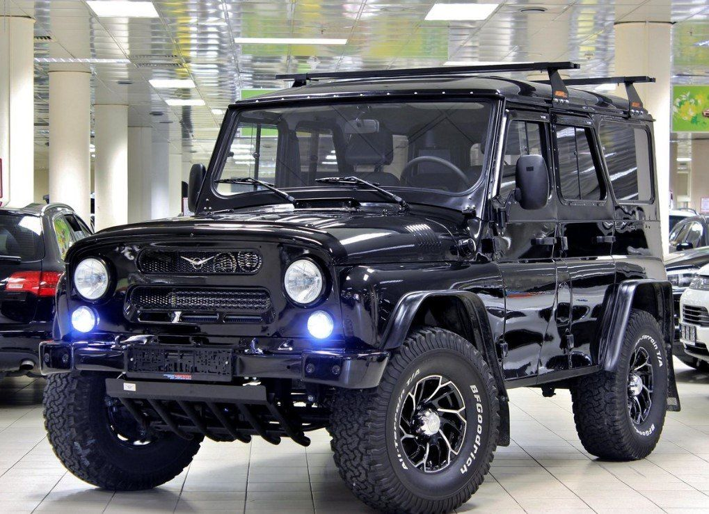 uaz hunter auto world pinterest 4x4 cars and offroad. Black Bedroom Furniture Sets. Home Design Ideas