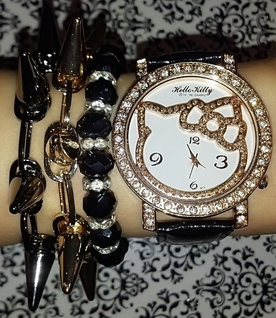 Hello Kitty Spiked Arm Candy Set<3