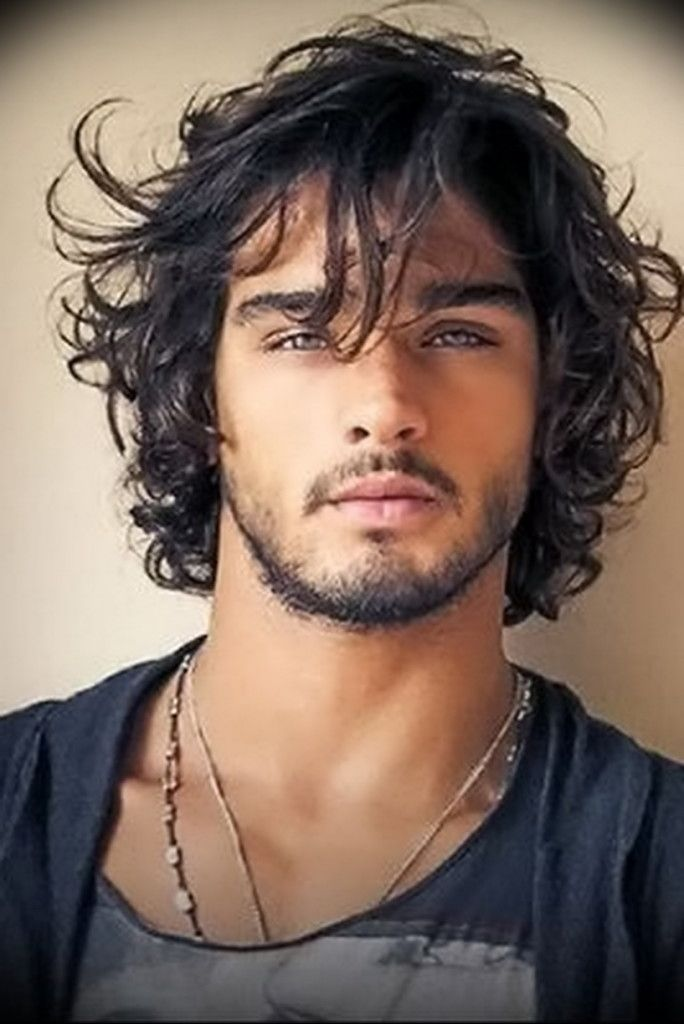 Medium Wavy Hairstyles For Men Medium Hairstyles Elegant On Men And Ladies Long Hair Styles Men Mens Hairstyles Haircuts For Men