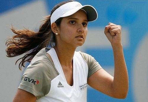 Sania Mirza Becomes No 1 Women S Doubles Wta Tennis Player Tennis Players Female Sports Celebrities Tennis Players