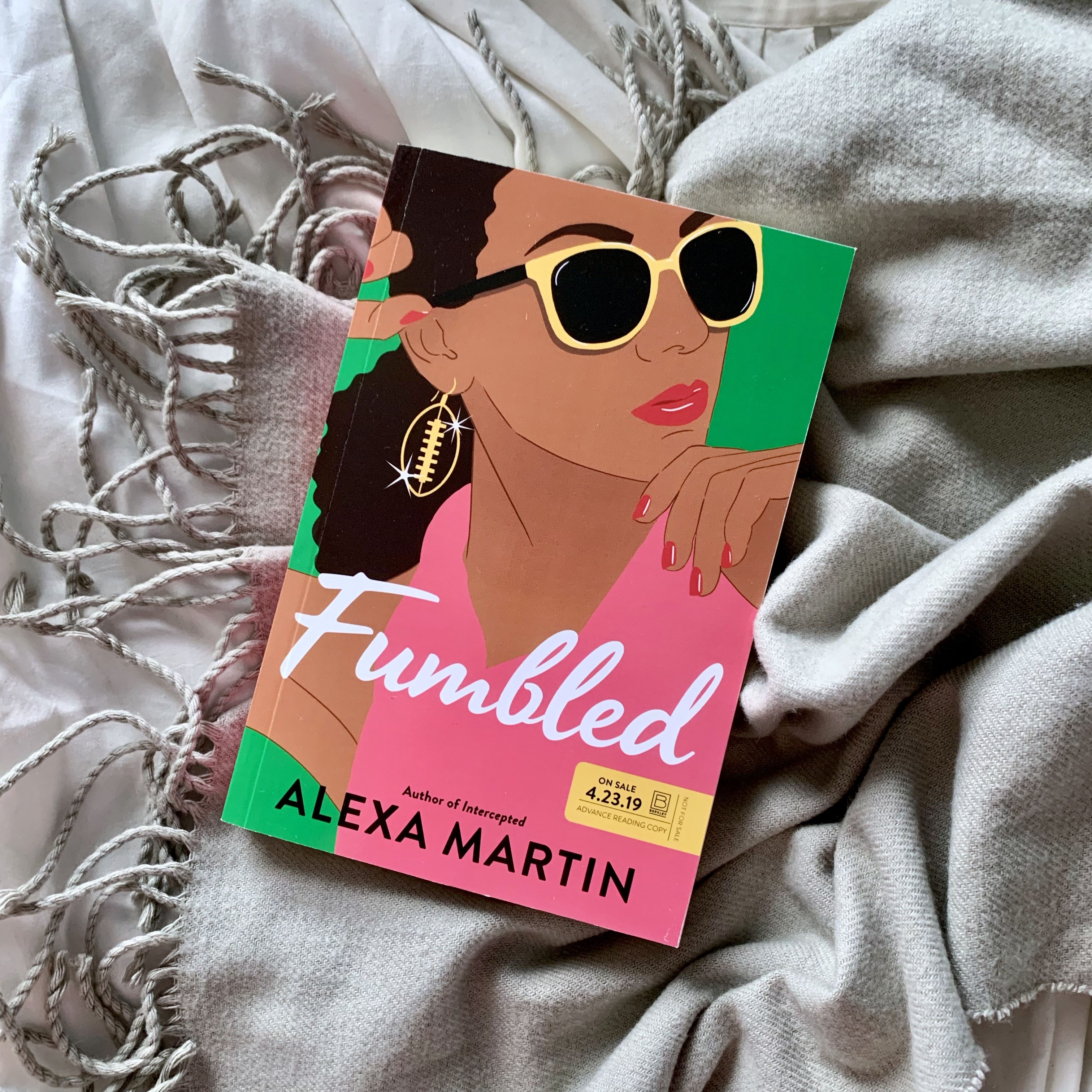 [Review] Fumbled by Alexa Martin Author, High school
