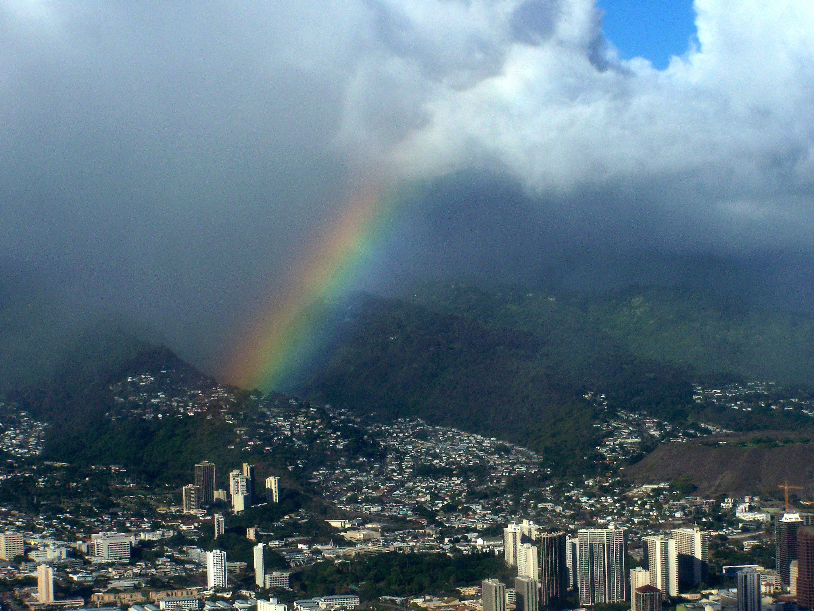 A rainbow in Honolulu.