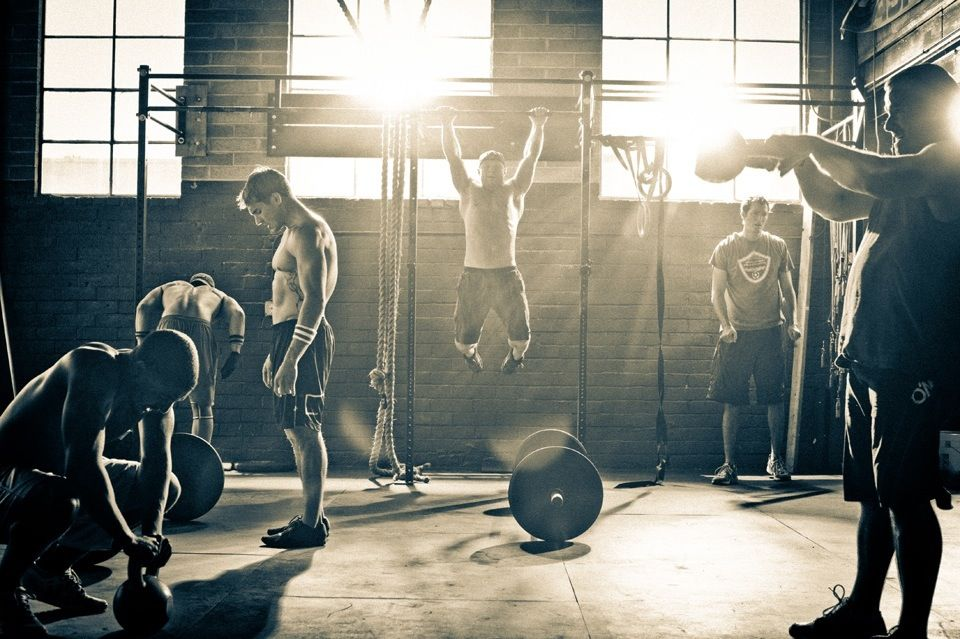 At Verve Life We Admire The Strength Crossfitters Exhibit Strong In Body And Mind Let Our Clean Ea Crossfit Photography Fitness Photography At Home Workouts