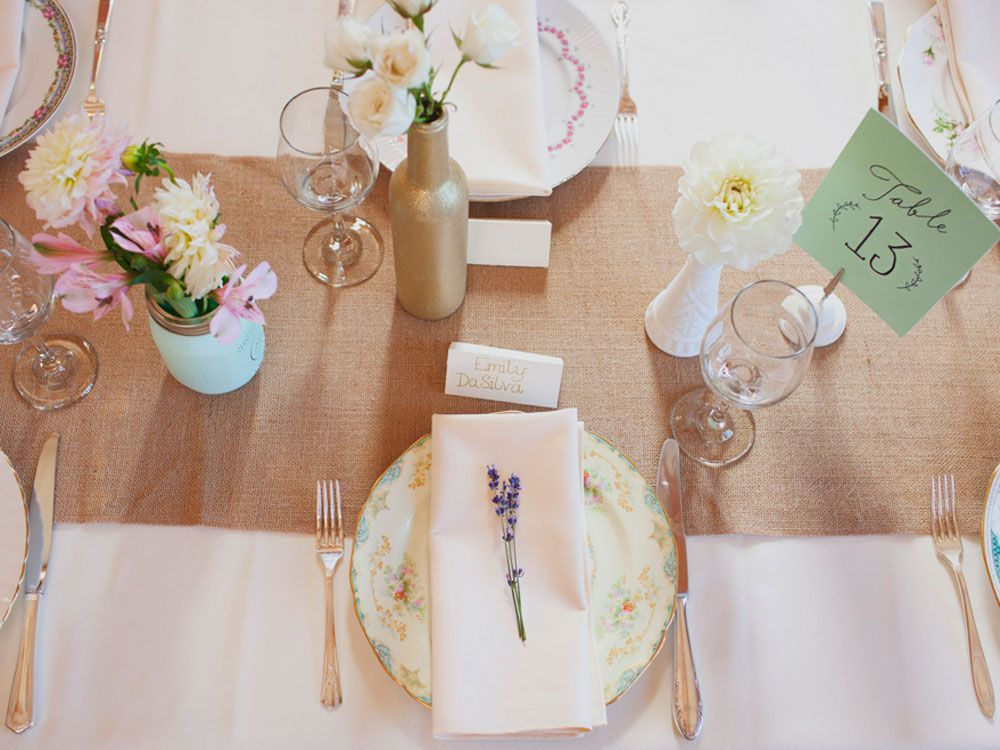 A Lovely Barn Wedding On Vancouver Island | Wedding Decor ...