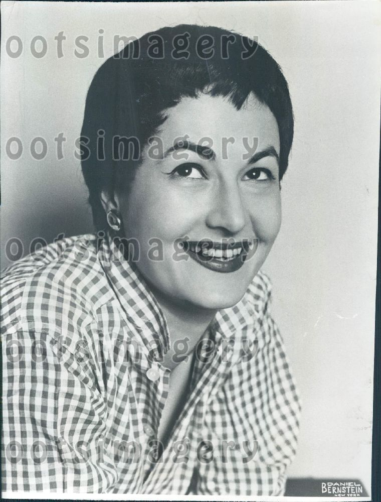 Feet Beatrice Arthur born May 13, 1922 (age 96) naked (43 images) Is a cute, Snapchat, legs