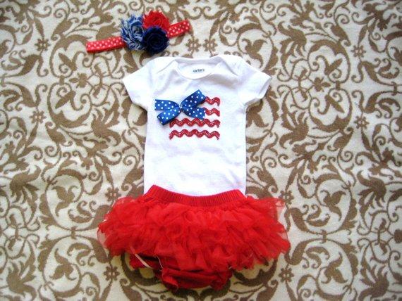 83734620706 July 4th Baby Girl Bodysuit
