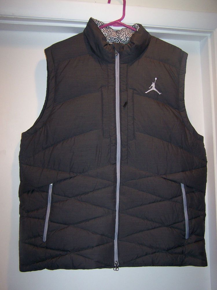 b1e7a809026d21 Mens Nike Air Jordan Zip Up Puffer Vest coat jacket Size XL Xlarge New  Black  Jordan