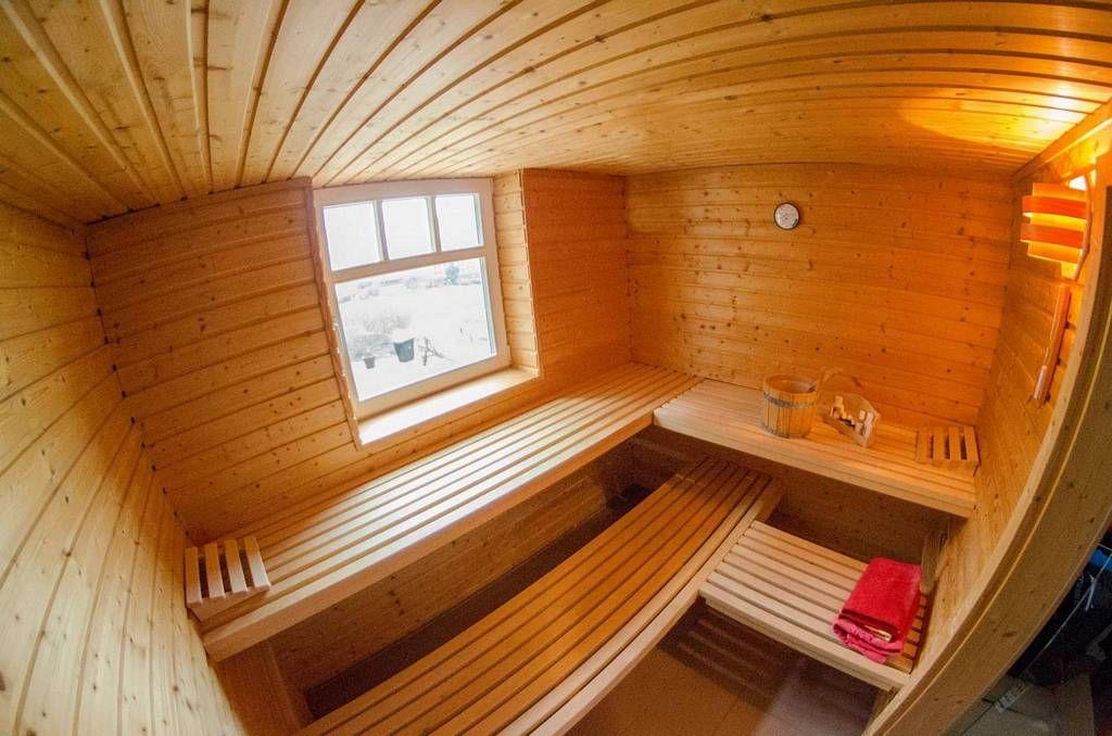 Holzbau innen  Eins unserer Saunahäuser von Innen #sauna #saunahaus #holzbau http ...