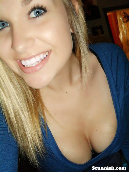 neutron-mom-stunningly-hot-teen-blonde-vagina-pussy-real
