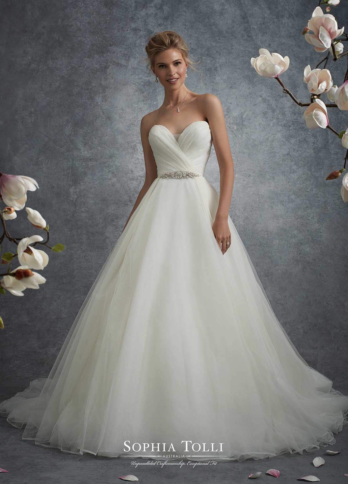 Sophia Tolli Theia Size 14 Was 1320 Now 660 Sophia Tolli Wedding Dresses Ball Gowns Wedding Bridal Dresses