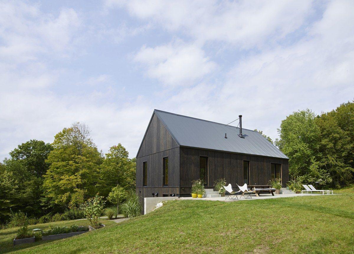 A 1970s ranch home turned modern farmhouse modern