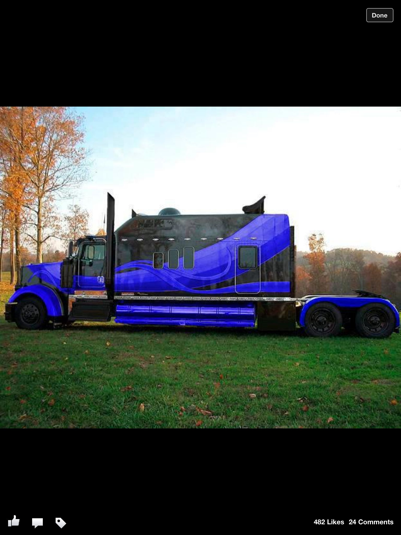 Custom Kenworth W900l The Truck S Exterior Features Many Custom