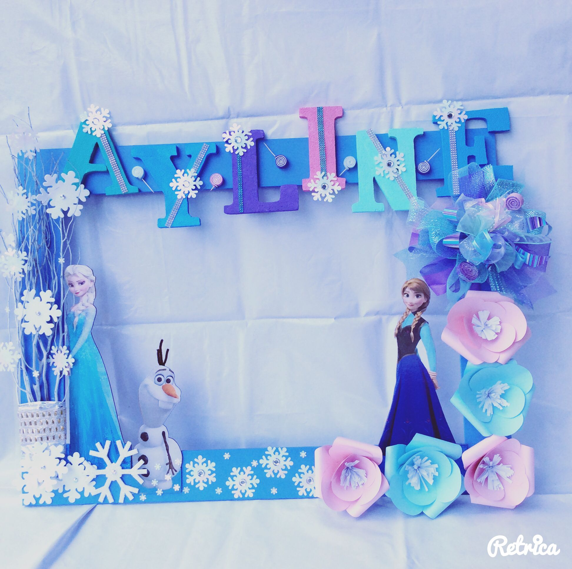 Marco frozen cuadros selfies pinterest frozen for Decoracion de marcos para fotos