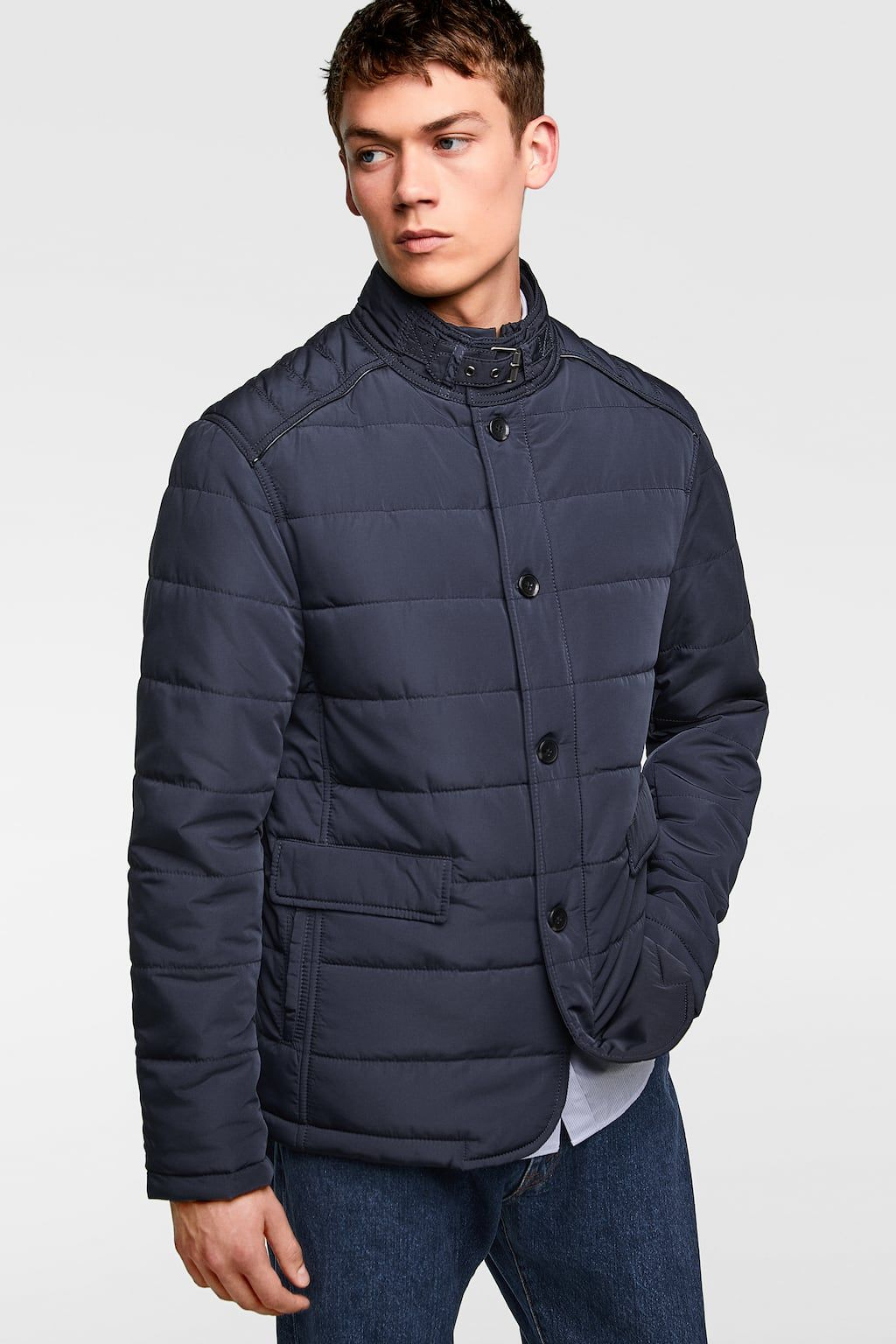 Puffer jacket with removable lining