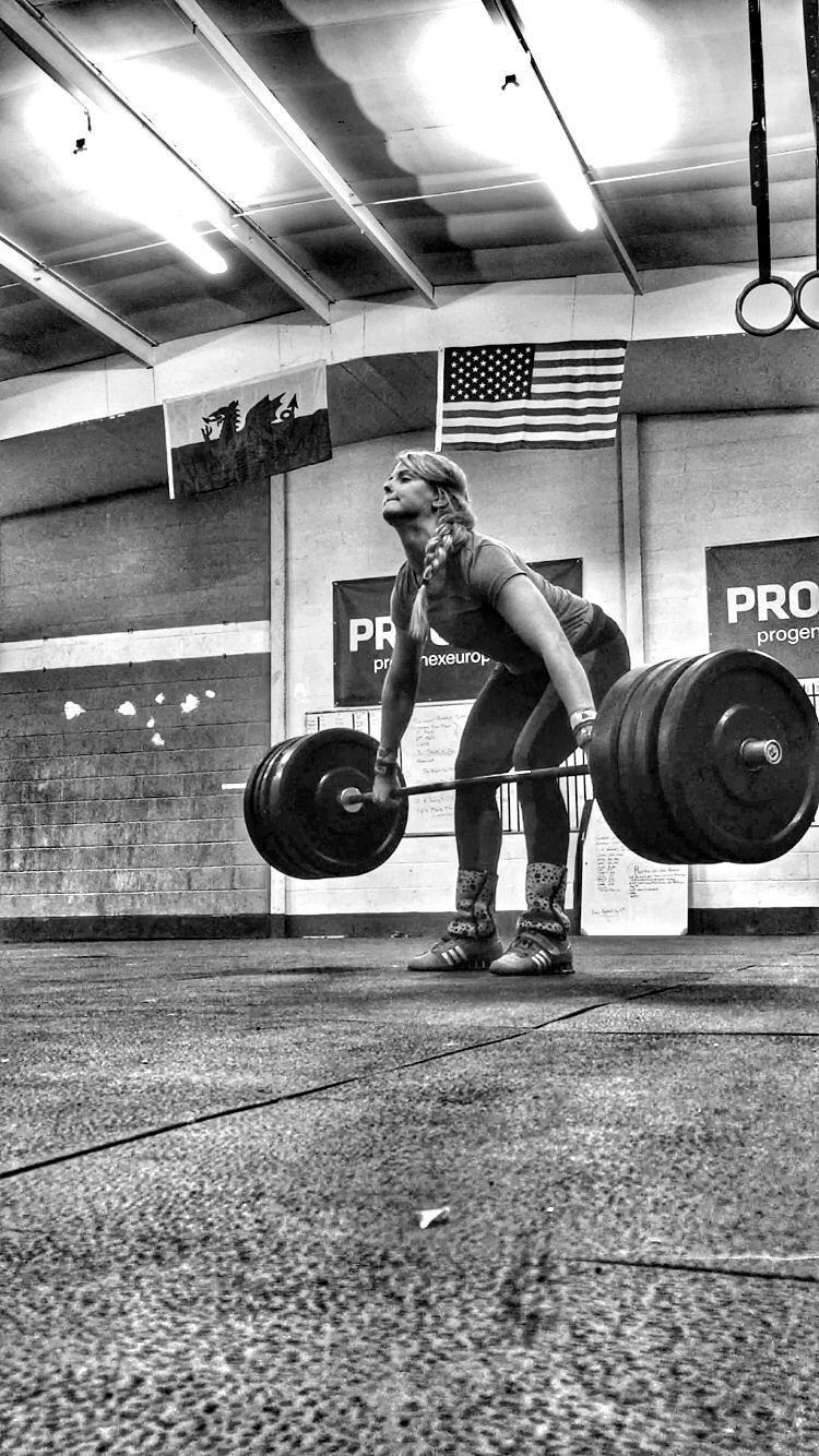 Snatch deadlift pulls for olympic weightlifting  Working in sets of