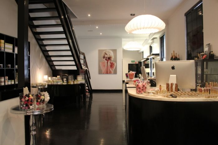 exciting in home salon ideas. Explore Nail Studio  Salon Design and more layout Home sweet home Pinterest bar Boutique decor