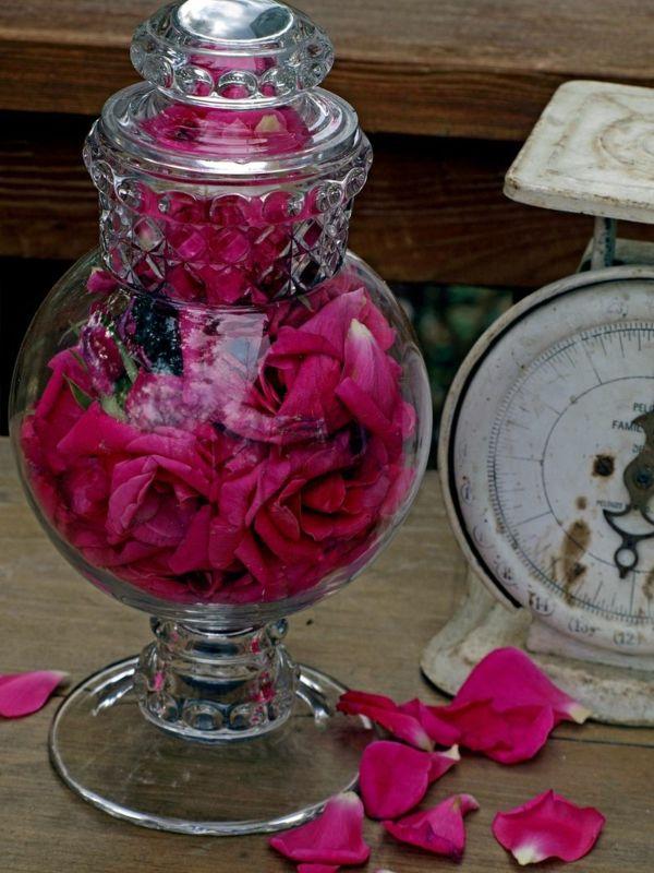 apothekenglas rosen pink dekoration wohnzimmer elegant Tischdeko - elegante deko wohnzimmer