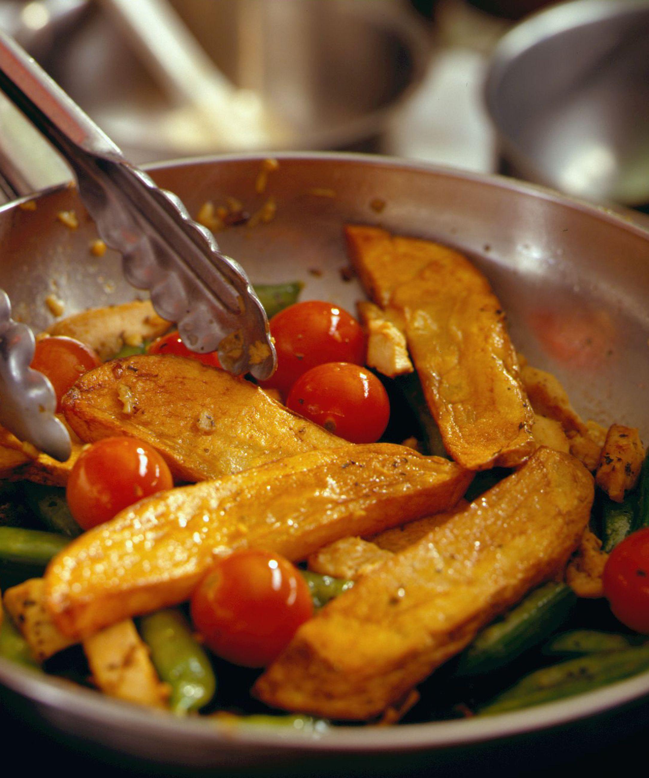 Stir-Fried Chicken and Idaho® Potato Strips | Recipe on idahopotato.com