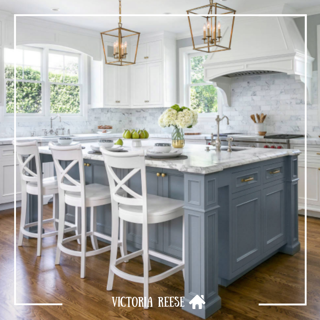 Do You Like The Look Of This Slate Blue Island With White Cabinets And Marble Backsplash White Kitchen Design Farmhouse Kitchen Cabinets Kitchen Cabinet Design