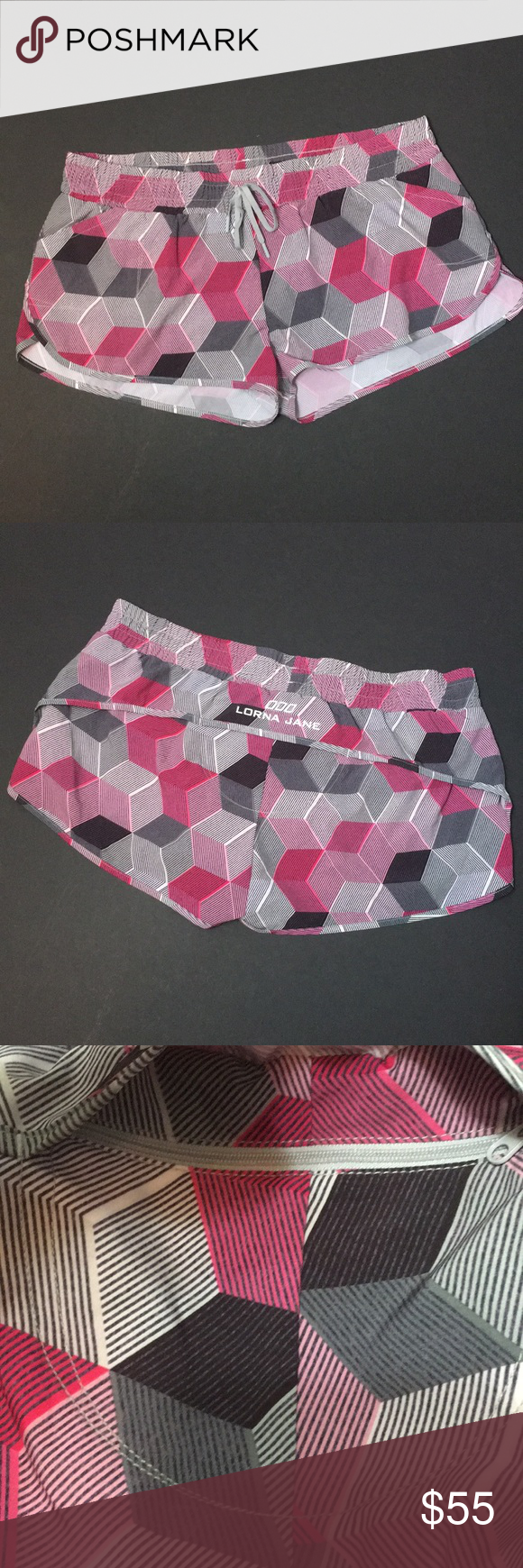 Lorna Jane Motivate Run Short • Sz L Square pattern
