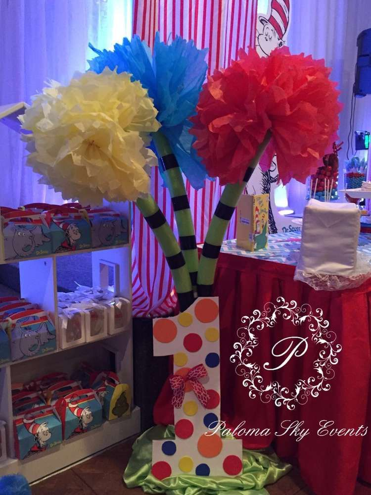 Fun decorations at a Dr. Seuss birthday party! See more