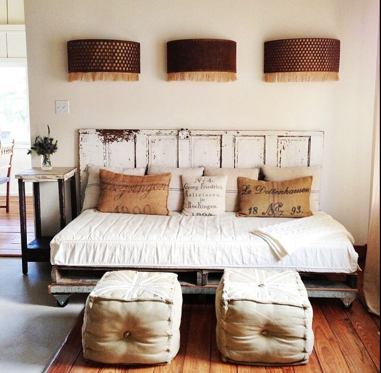 - Love The Pillows & Old Door Bedroom Layouts, Diy Daybed, Home