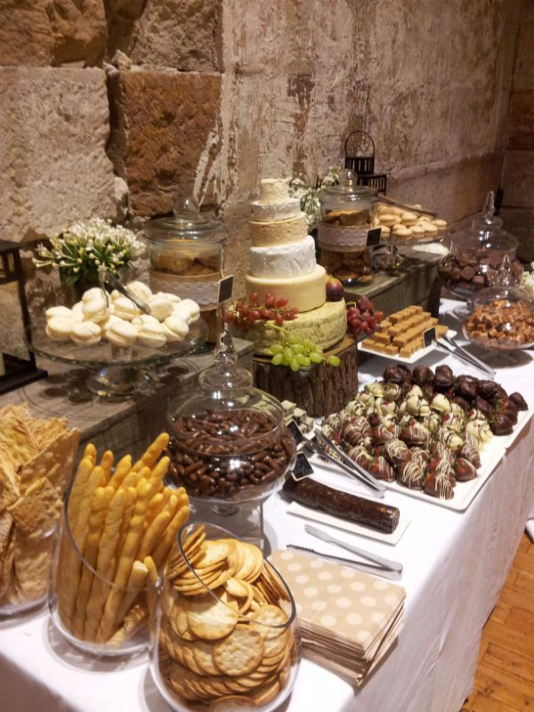 how do i make a cheese wedding cake wonderful ideas to make your wedding reception special 15372