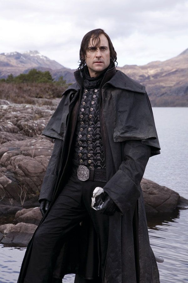 This outfit is awesome. Like a mashup of Victorian England, American West and Medieval Dark Knight.