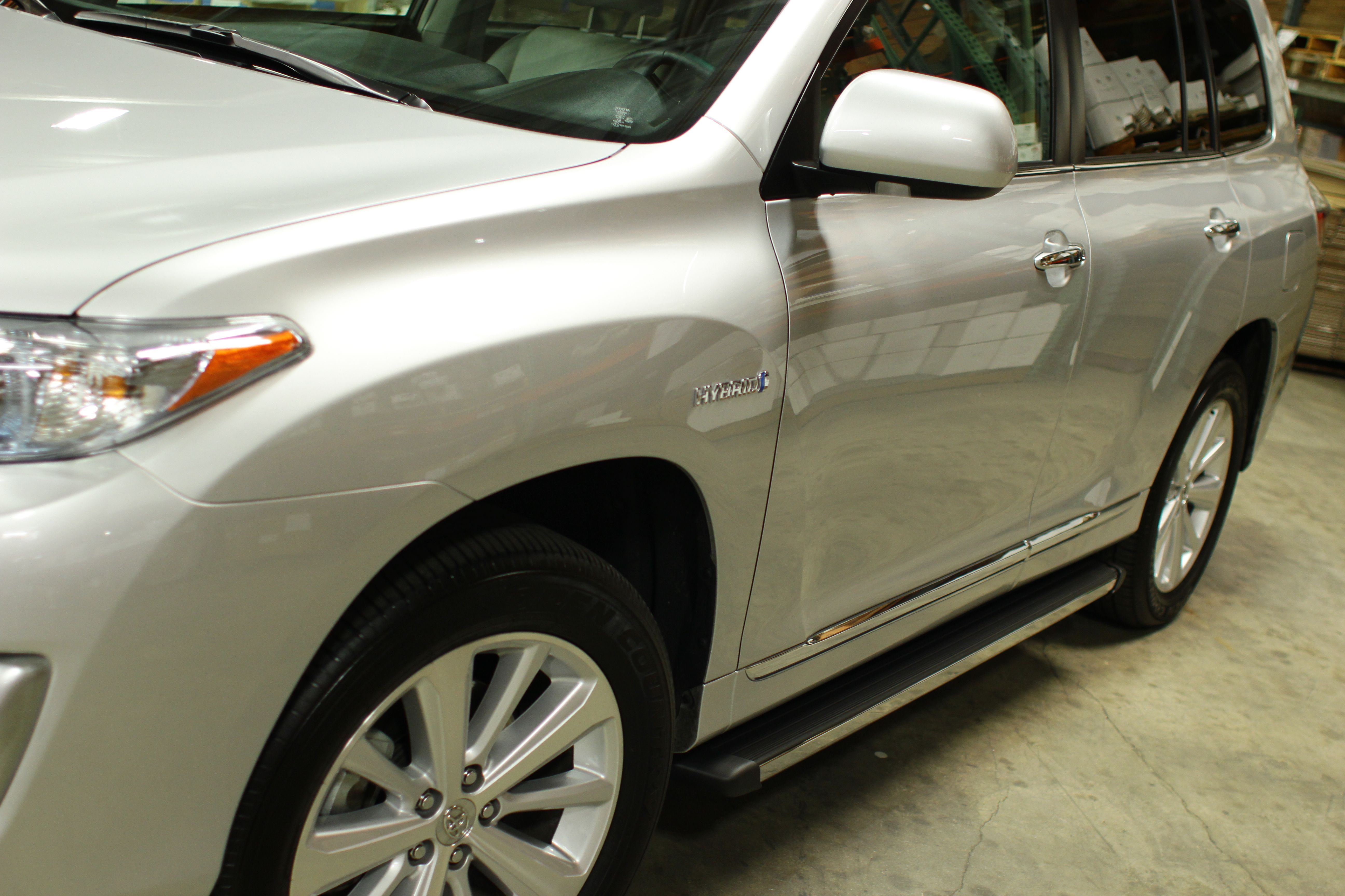 Ats Design S Matrix Series Running Boards On This 2012 Toyota