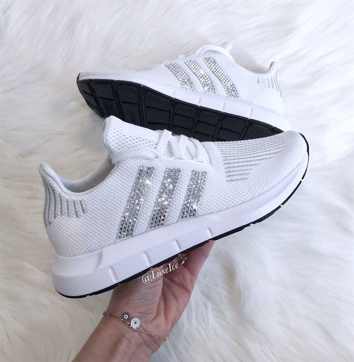 swift run casual adidas